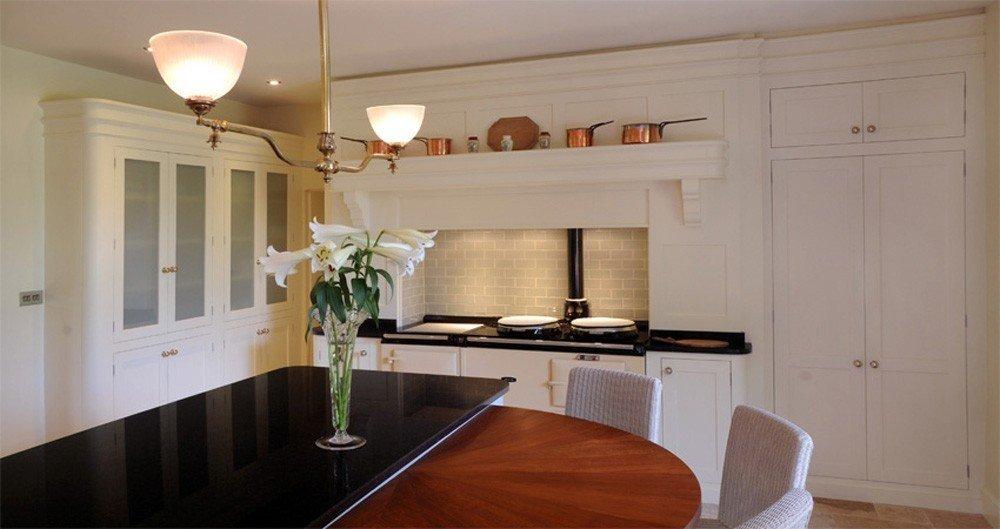 Antique-Gas-Lamp-in-Kitchen.jpg