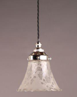 Modern Lighting Pretty Edwardian Glass Shade Pendant Light